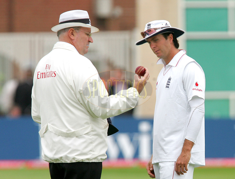 Photo © SECONDS LEFT IMAGES/SPORTZPICS 2008  - Darrell Hair (L) umpire inspects another misshapen ball at the request of Michael Vaughan wich was changed an over or two later  - England   v New Zealand Black Caps - 3rd npower Test Match Day 3  - 07/06/08 -  Trent Bridge - Nottingham - UK - All rights reserved