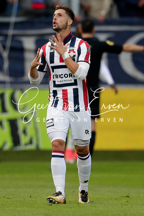 Fran Sol of Willem II dejected