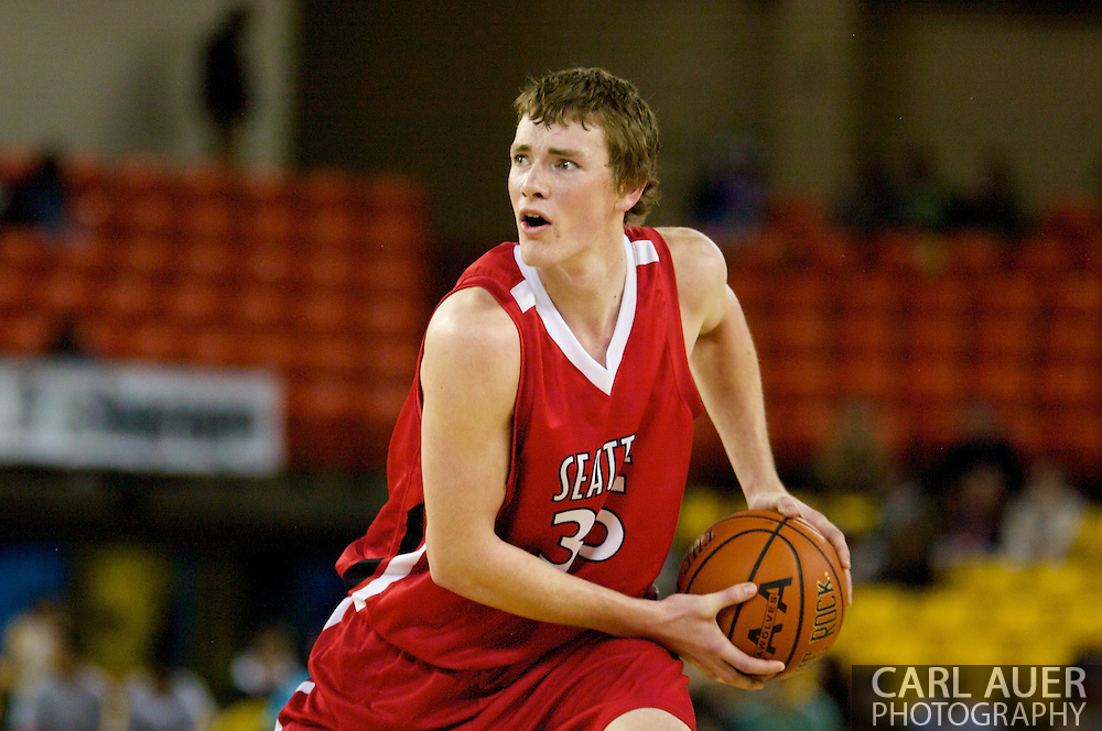 November 27, 2008: Seattle University forward Leigh Swanson (35) in the opening round of the 2008 Great Alaska Shootout at the Sullivan Arena