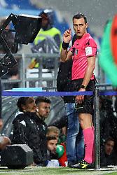 """Foto LaPresse/Filippo Rubin<br /> 04/04/2019 Reggio Emilia (Italia)<br /> Sport Calcio<br /> Sassuolo - Chievo Verona - Campionato di calcio Serie A 2018/2019 - Stadio """"Mapei Stadium""""<br /> Nella foto: ARBITRO LORENZO MAGGIONI AL VAR<br /> <br /> Photo LaPresse/Filippo Rubin<br /> April 04, 2019 Reggio Emilia (Italy)<br /> Sport Soccer<br /> Sassuolo vs Chievo Verona - Italian Football Championship League A 2018/2019 - """"Mapei Stadium"""" Stadium <br /> In the pic: LORENZO MAGGIONI REFEREE VAR"""