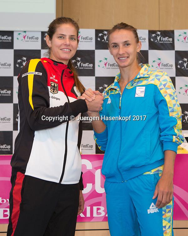 Fed Cup GER-UKR, Deutschland - Ukraine, Auslosung im Rathaus Stuttgart,<br /> JULIA GOERGES (GER) und LESIA TSURENKO (UKR)