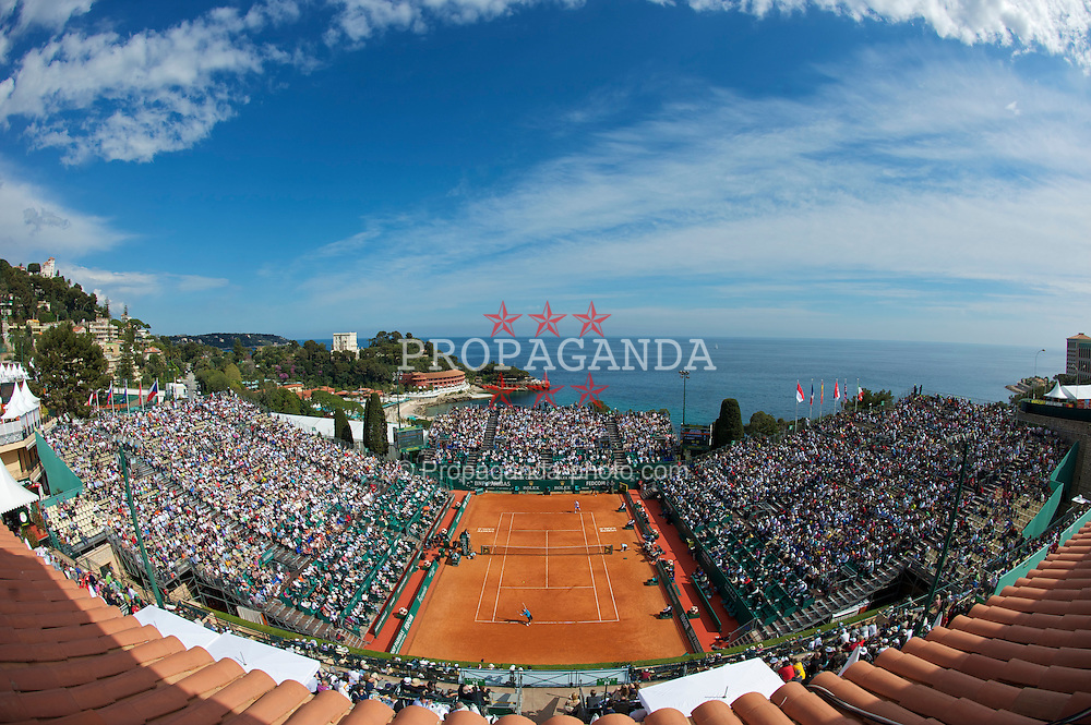 MONTE-CARLO, MONACO - Wednesday, April 14, 2010: A general view of the centre court as Andy Murray (GBR) crashes out 6-2, 6-1 to Philipp Kohlschreiber (GER) in the 2nd Round on day three of the ATP Masters Series Monte-Carlo at the Monte-Carlo Country Club. (Photo by David Rawcliffe/Propaganda)