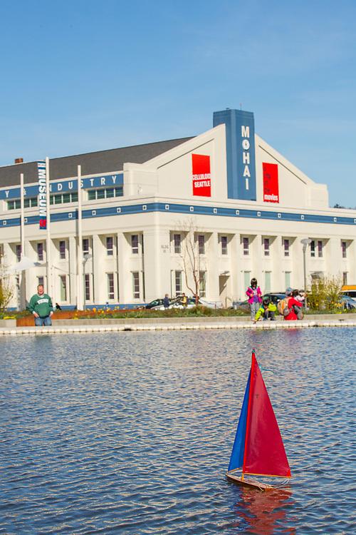 North America, United States, Washington, Seattle, Lake Union, Lake Union Park and Museum of History and Industry (MOHAI)