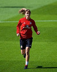 SOUTHAMPTON, ENGLAND - Thursday, April 5, 2018: Wales' Gemma Evans during a training session at St. Mary's Stadium ahead of the FIFA Women's World Cup 2019 Qualifying Round Group 1 match against England. (Pic by David Rawcliffe/Propaganda)