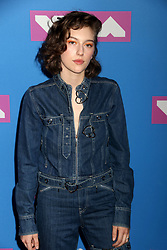 August 20, 2018 - New York City, New York, U.S. - Singer MIKAELA STRAUS also known as KING PRINCESS attends the arrivals for the 2018 MTV 'VMAS' held at Radio City Music Hall. (Credit Image: © Nancy Kaszerman via ZUMA Wire)