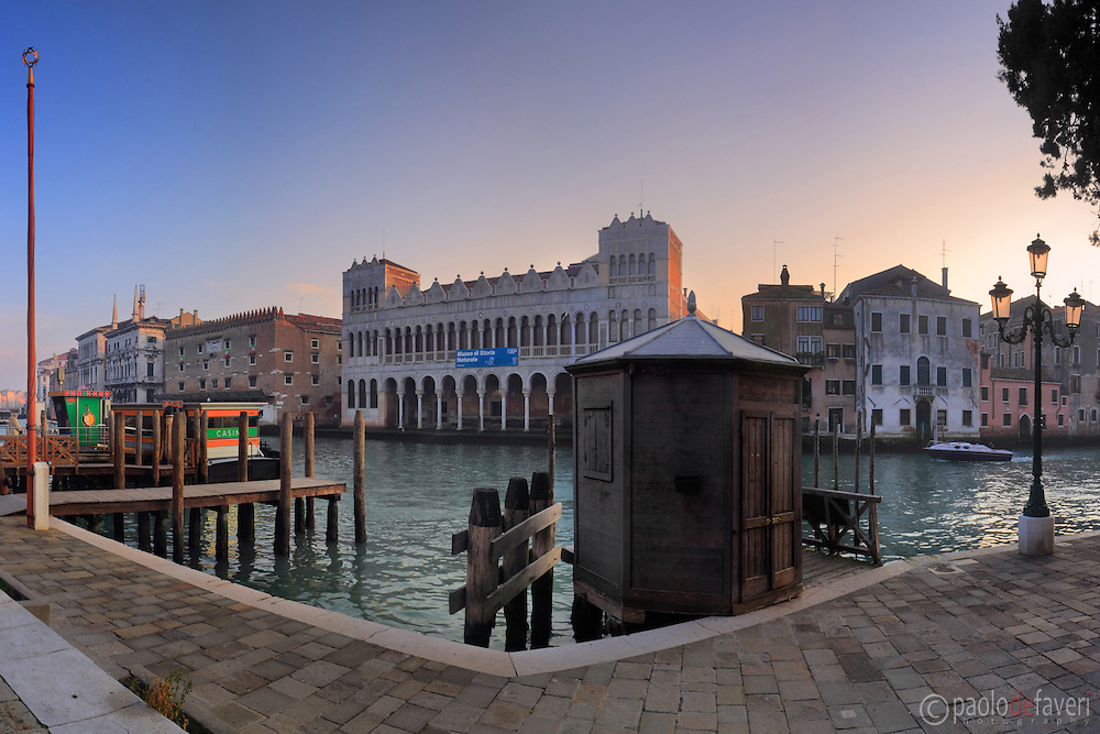 A view of the Gran Canal at sunset as seem from Campo San Marcuola, with the museum of Natural History and Fondaco dei Turchi in the background. Taken on an evening of mid January, this is stitched from five vertical frames.