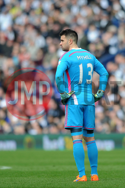 West Bromwich Albion's Boaz Myhill cuts a dejected figure - Photo mandatory by-line: Dougie Allward/JMP - Mobile: 07966 386802 - 04/04/2015 - SPORT - Football - West Bromwich - The Hawthorns - West Bromwich Albion v QPR - Barclays Premier League