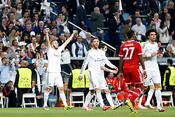23.04.2014, Estadio Santiago Bernabeu, Madrid, ESP, UEFA CL, Real Madrid vs FC Bayern Muenchen, Halbfinale, Hinspiel, im Bild Real Madrid's Karim Benzema scores // Real Madrid's Karim Benzema scores during the UEFA Champions League Round of 4, 1st Leg Match between Real Madrid vs FC Bayern Munich at the Estadio Santiago Bernabeu in Madrid, Spain on 2014/04/23. EXPA Pictures © 2014, PhotoCredit: EXPA/ Alterphotos/ Caro Marin<br /> <br /> *****ATTENTION - OUT of ESP, SUI*****