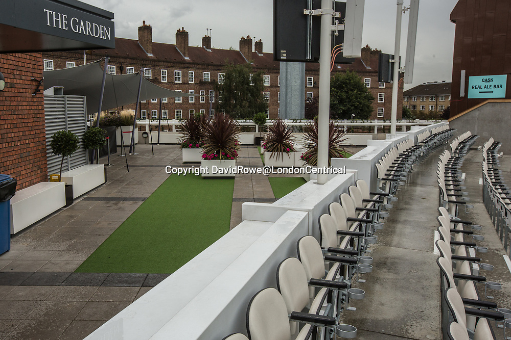 London,UK. 30 August 2017. The empty members garden area as rain delays the start of play on day three of the Specsavers County Championship match at the Oval where Surrey are taking on  Middlesex. David Rowe/ Alamy Live News