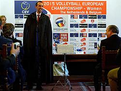 12-11-2014 BEL: Loting EK volleybal 2015 vrouwen, Antwerpen<br /> In het Antwerpse stadhuis werd door de Nederlandse-, Belgische volleybalbond en de CEV de loting voor het EK vrouwen verricht / Toernooi directeur Peter Blange