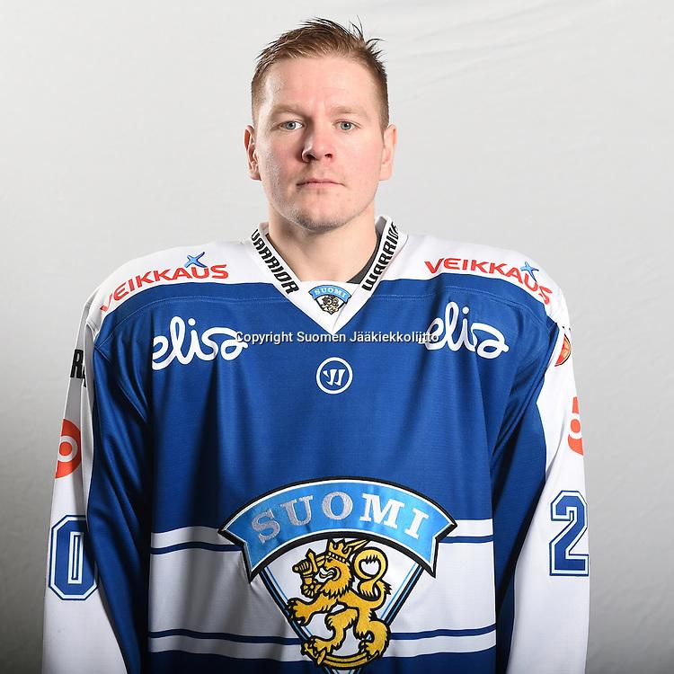 A-maajoukkueen Karjala-turnauksen pelaajakuvaukset tiistaina 3.11.2015.