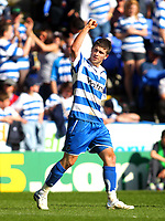 Photo: Andrew Fosker/Richard Lane Photography. Reading v Peterborough United. Coca Cola Championship. 17/04/2010. Shane Long celebrates his goal and Reading's 5th Reading.