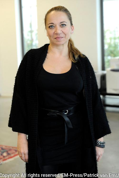 Perspresentatie van De Verleiding van een Moordvrouw van Rick Engelkes Producties in Amsterdam.<br /> <br /> Op de foto:  Camilla Siegertsz