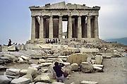 Griekenland, Athene, 15-7-1981Het Parthenon op de Akropolis. Toeristen.Foto: Flip Franssen