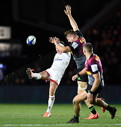 Billy Burns of Ulster puts boot to ball - Mandatory byline: Patrick Khachfe/JMP - 07966 386802 - 13/12/2019 - RUGBY UNION - The Twickenham Stoop - London, England - Harlequins v Ulster Rugby - Heineken Champions Cup
