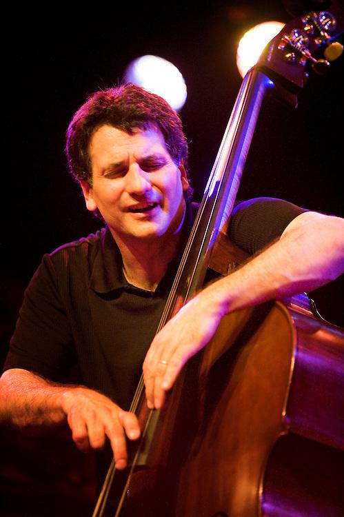 Nederland, Rotterdam, 12 juli  2009.North Sea Jazz festival.Roy Haynes Trio..Foto (c) Michiel Wijnbergh