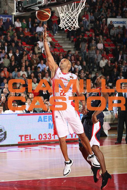 DESCRIZIONE : Varese Lega A 2009-10 Cimberio Varese Angelico Biella<br /> GIOCATORE : Randolph Childress<br /> SQUADRA : Cimberio Varese<br /> EVENTO : Campionato Lega A 2009-2010 <br /> GARA : Cimberio Varese Angelico Biella<br /> DATA : 25/10/2009<br /> CATEGORIA : Tiro<br /> SPORT : Pallacanestro <br /> AUTORE : Agenzia Ciamillo-Castoria/G.Cottini