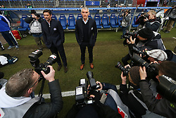 Football: Germany, 1. Bundesliga, Hamburg, 16.02.2014<br />Mirko Slomka coach and Oliver Kreuzer (Hamburger SV)<br /> copyright: pixathlon