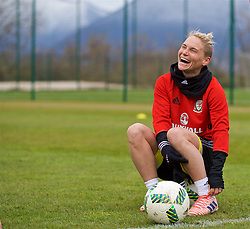 ZENICA, BOSNIA AND HERZEGOVINA - Monday, November 27, 2017: Wales' Jessica Fishlock during a training session ahead of the FIFA Women's World Cup 2019 Qualifying Round Group 1 match against Bosnia and Herzegovina at the FF BH Football Training Centre. (Pic by David Rawcliffe/Propaganda)