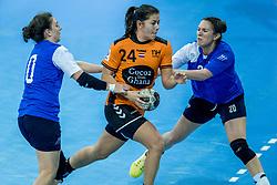 23-11-2017 NED: Nederland - Italie, Eindhoven<br /> Uitzwaaiduel Oranje in een volgepakt Topsportcentrum in Eindhoven tegen Italie wordt met ruime cijfers gewonnen 41-16 / Martine Smeets #24 of Netherlands