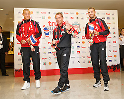 BANGKOK, THAILAND - Monday, July 13, 2015: Liverpool's Martin Skrtel, manager Brendan Rodgers and new captain Jordan Henderson at Bangkok's Suvarnabhumi Airport as the team arrive in Thailand for the start of the club's preseason tour. (Pic by David Rawcliffe/Propaganda)