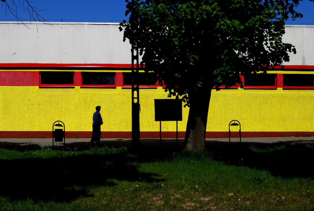 COLOR WHISPERS<br /> Jastrowie, Poland 2008<br /> Photography by Aaron Sosa