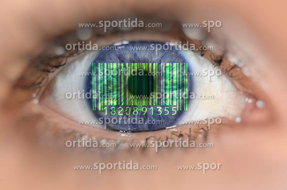 Themenbild - Detailaufnahme Auge mit Barcode ueber Iris aufgenommen am 03. Juli 2015, Deutschland // Detail of eye with a barcode on Iris, Germany on  2015/07/03. EXPA Pictures &copy; 2015, PhotoCredit: EXPA/ Eibner-Pressefoto/ Weber<br /> <br /> *****ATTENTION - OUT of GER*****