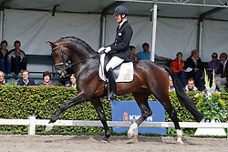 Hanzon Theo (NED) - Amazing Star<br /> KWPN Paardendagen Ermelo 2010<br /> © Dirk Caremans
