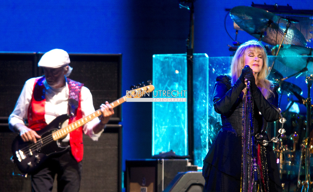 AMSTERDAM - sold out concert by Fleetwood Mac in the Ziggo Dome, Drums: Mick Fleetwood<br /> Guitar Lindsey Buckingham<br /> Keys Christine McVie<br /> Bass John McVie<br /> singing Stevie Nicks , uitverkocht concert van Fleetwood Mac in de Ziggo Dome,<br /> <br /> Drums: Mick Fleetwood<br /> Gitaar Lindsey Buckingham<br /> toetsen Christine McVie<br /> bas John McVie<br /> zang Stevie Nicks <br /> COPYRIGHT ROBIN UTRECHT