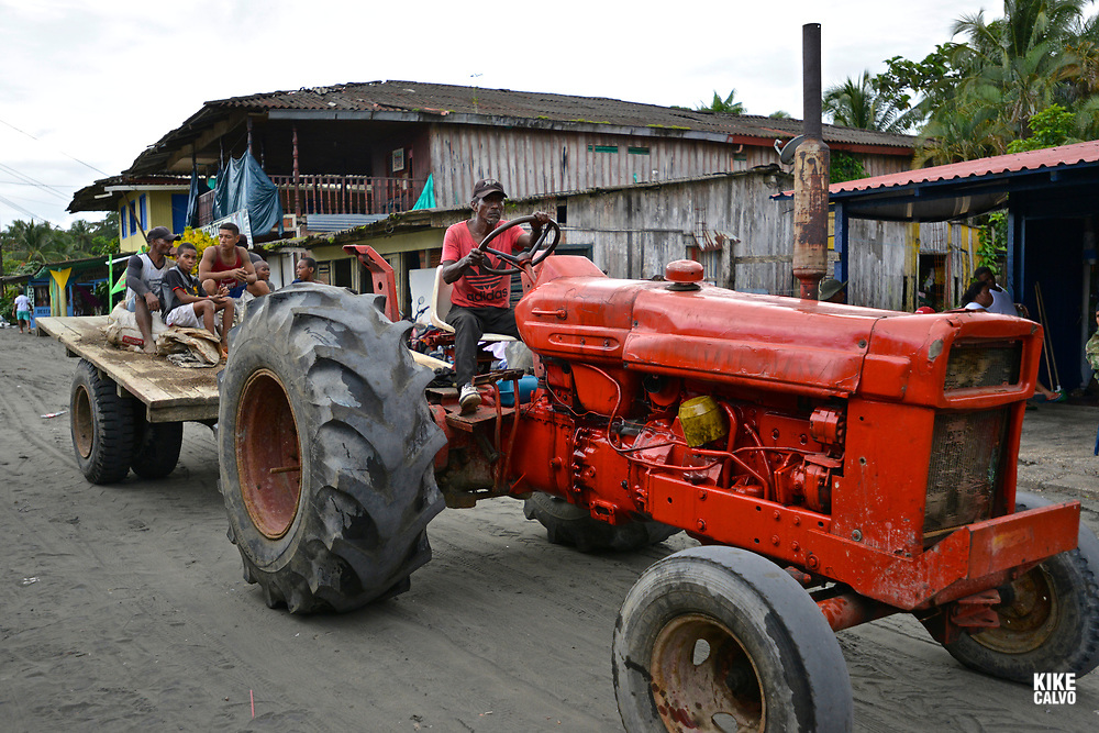 Afro-colombians seek alternative ways of transportation in the Colombian Pacific Coast