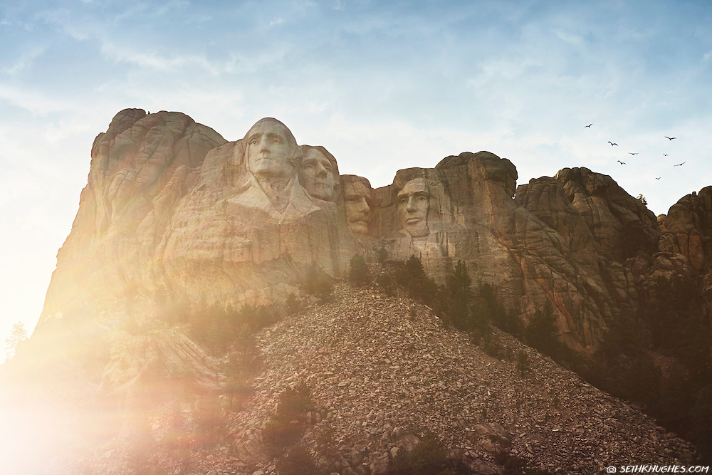 Mount Rushmore National Memorial at sunset in Keystone, South Dakota.