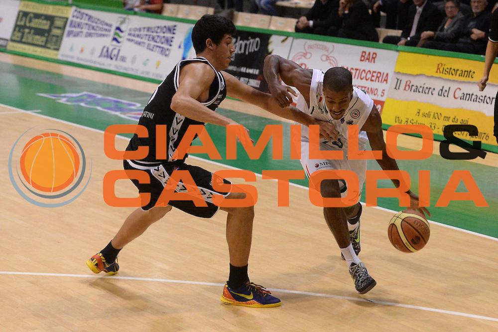 DESCRIZIONE : Siena  Lega serie A 2013/14 Montepaschi Siena Granarolo Bologna<br /> GIOCATORE : english kim<br /> CATEGORIA : palleggio<br /> SQUADRA : Montepaschi Siena<br /> EVENTO : Campionato Lega Serie A 2013-2014<br /> GARA : Montepaschi Siena Granarolo Bologna<br /> DATA : 28/10/2013<br /> SPORT : Pallacanestro<br /> AUTORE : Agenzia Ciamillo-Castoria/GiulioCiamillo<br /> Galleria : Lega Seria A 2013-2014<br /> Fotonotizia : Siena Lega serie A 2013/14 Montepaschi Siena Granarolo Bologna<br /> Predefinita :