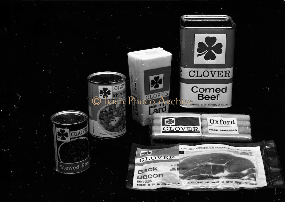 22-23/06/1965<br /> 06/22-23/1965<br /> 22-23 June 1965<br /> Winning packages for the Irish Packaging Institute. Clover meats tins and packaging.