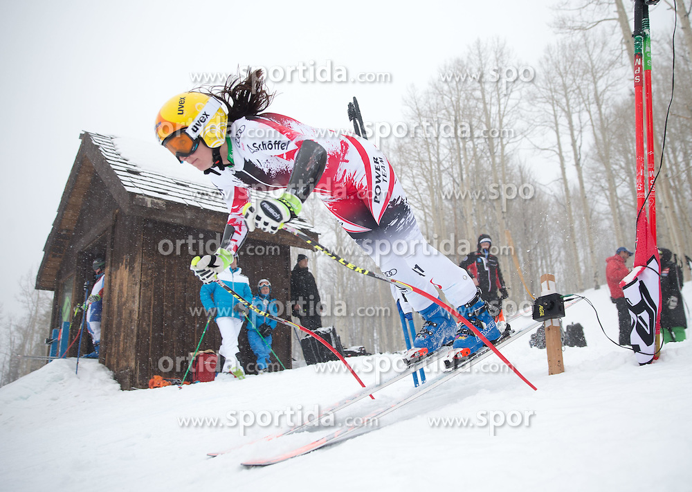30.01.2015, Golden Peak Strecke, Vail, USA, FIS Weltmeisterschaften Ski Alpin, Training, im Bild Cornelia Huetter (AUT) // Cornelia Huetter of Austria in Action during a practice run for the FIS Ski World Championships 2015 at the Golden Peak Course, Vail, United States on 2015/01/30. EXPA Pictures © 2015, PhotoCredit: EXPA/ Johann Groder
