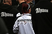 Frankfurt am Main | 20 Jun 2015<br /> <br /> Kundgebung der islamfeindlichen Gruppe &quot;Widerstand Ost West&quot; (WOW) um Ester Seitz, die Rechtspopulisten, rechte Hooligans und Neonazis vereint, auf dem Rossmarkt.<br /> Hier: Nazi-Hooligans.<br /> <br /> Photo &copy; peter-juelich.com