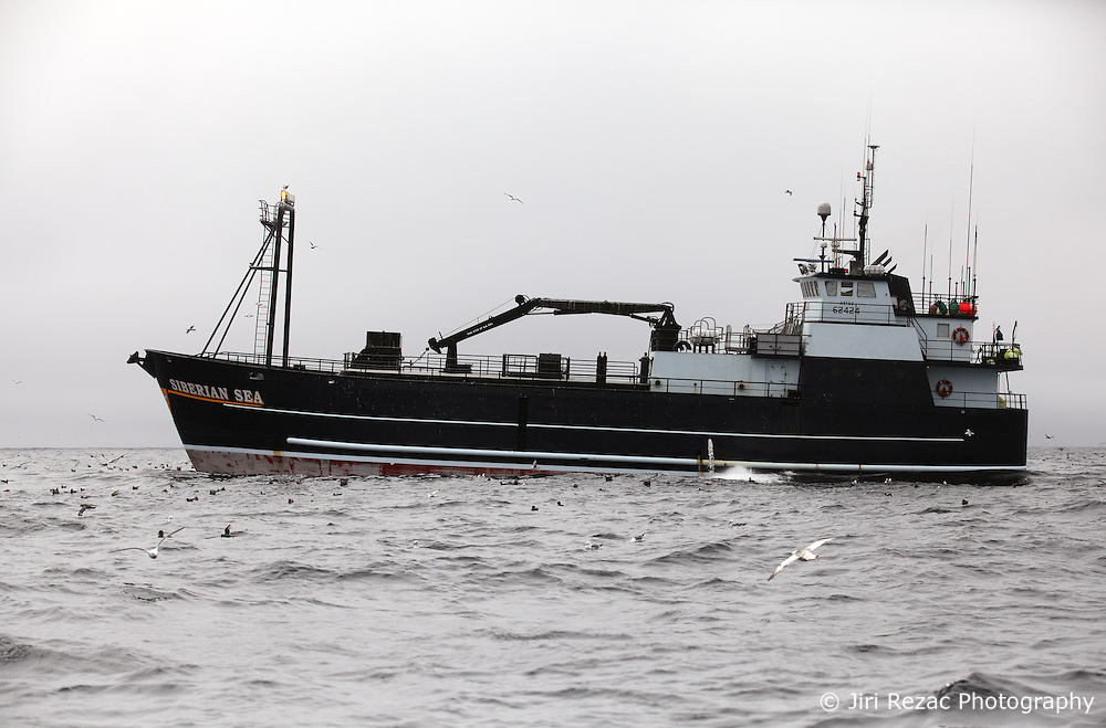USA ALASKA BERING SEA 10JUL12 - The longliner Siberian Sea fishing in the Bering Sea, Alaska.....Photo by Jiri Rezac / Greenpeace....© Jiri Rezac / Greenpeace
