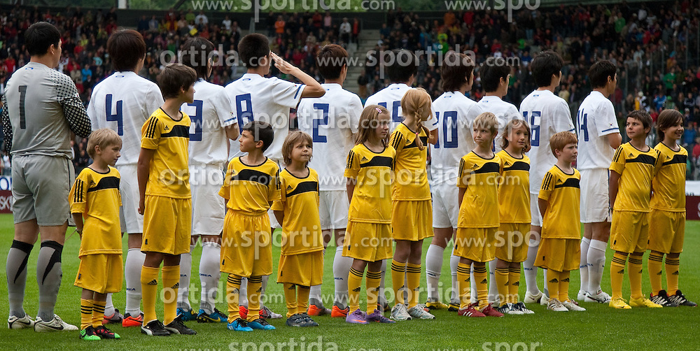 03.06.2010, Tivoli, Innsbruck, AUT, FIFA Worldcup Vorbereitung, Testspiel Spanien (ESP) vs Sued Korea (KOR), im Bild koreanische Startaufstellung, v.l. Lee Woon-jae ( KOR #1 ), Cho Young Hyung ( KOR #4 ), Kim Hyung-il ( KOR #3 ), Kim Jung-woo ( KOR #8 ), Oh Beom-seok ( KOR #2 ), Yeom Ki-hun ( KOR #19 ), Park Chu-young ( KOR #10 ), ???, Ki Sung-yueng ( KOR #16 ), Lee Jung-soo ( KOR #14 ), EXPA Pictures © 2010, PhotoCredit: EXPA/ J. Groder / SPORTIDA PHOTO AGENCY