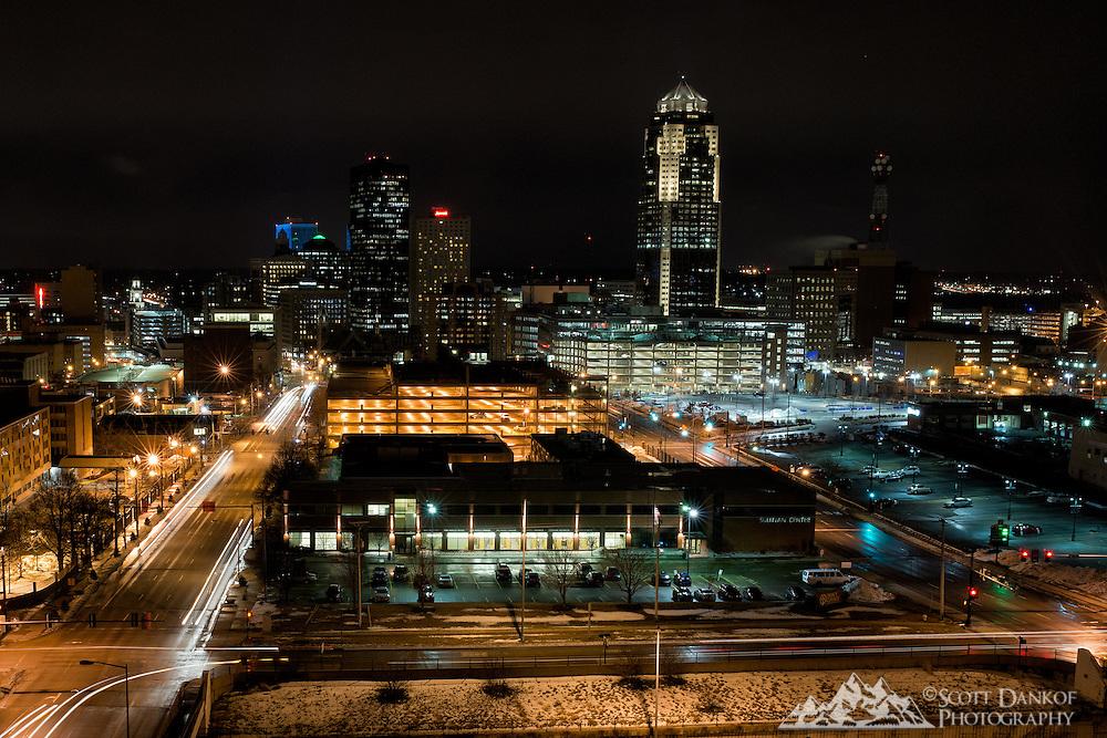 Nightfall on the Des Moines, Iowa skyline.