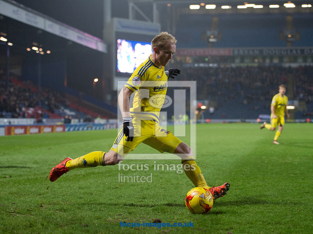 Jonathan Williams of Nottingham Forest about to cross during the Sky Bet Championship match at Ewood Park, Blackburn<br /> Picture by Russell Hart/Focus Images Ltd 07791 688 420<br /> 14/12/2015