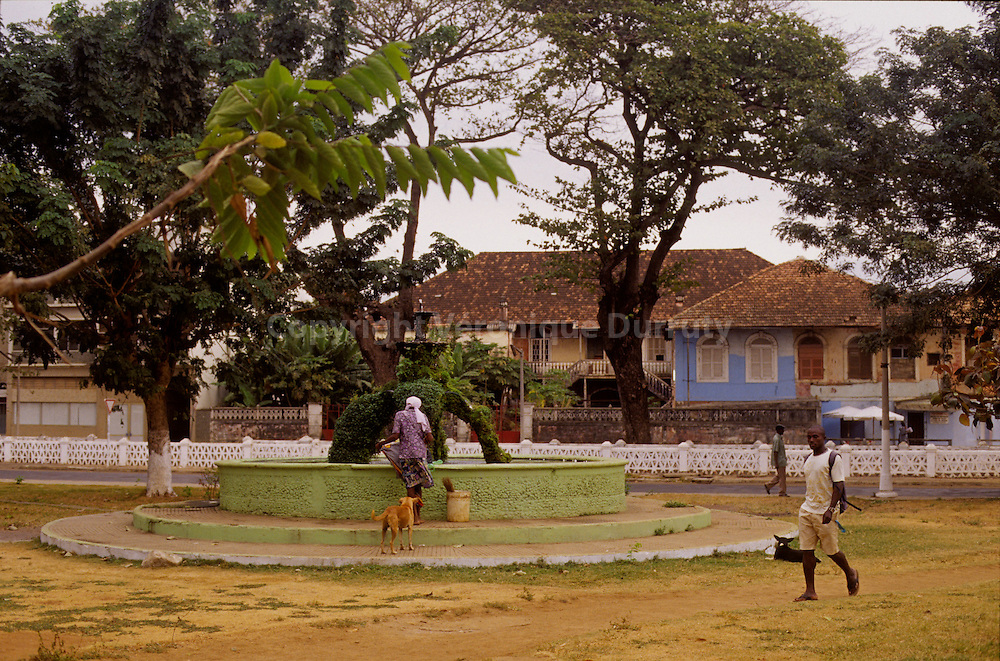 Agostinho Neto  roca (cocoa plantation) is the largest plantation in the country. It included houses, gardens, churches ans even an hospital..Sao Tome Et Principe