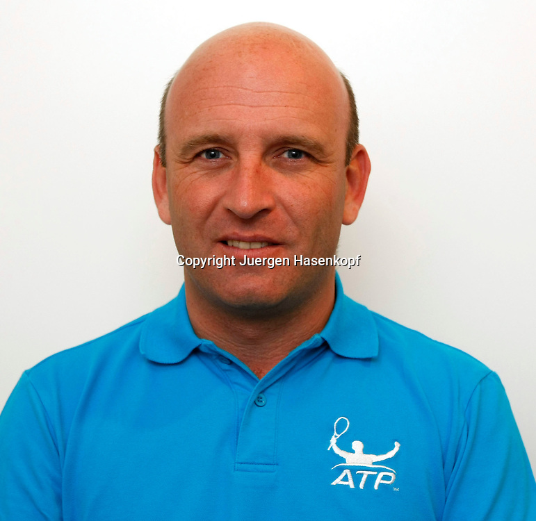 ATP Tennis Schiedsrichter,Referee,Fergus Murphy (IRL)  ..Photo: Juergen Hasenkopf..