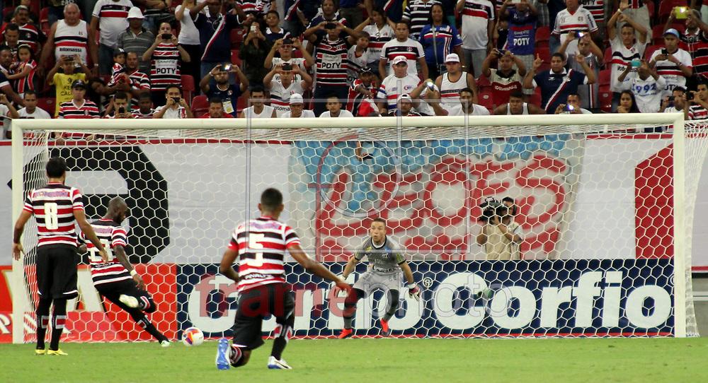 Partida entre Santa Cruz e Ceara CE, válida pela 27 rodada no Campeonato Brasileiro serie B, realizada nesse Sabado (19/09) na Arena Pernambuco, em Recife. Foto: Leduar Filho/Frame