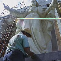Toluca, Méx.- Remodelaciones en el cristo del seminario conciliar de Toluca. Agencia MVT / Mario B. Arciniega.