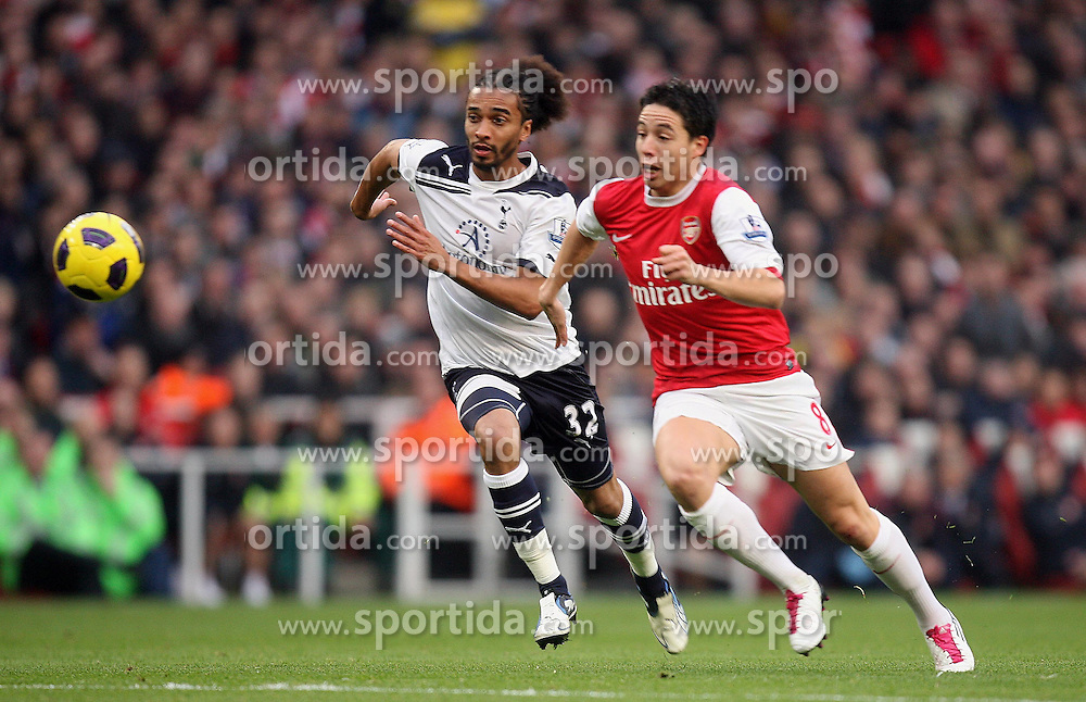 20.11.2010, White Hart lane, London, ENG, PL, FC Arsenal vs Tottenham Hotspur, im Bild Tottenham's Benoit Assou-Ekotto vs Arsenal's Samir Nasri  during  Arsenal vs Tottenham for the EPL at Emirates Stadium    in London on 20/11/2010. EXPA Pictures © 2010, PhotoCredit: EXPA/ IPS/ Marcello Pozzetti +++++ ATTENTION - OUT OF ENGLAND/UK +++++