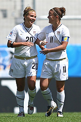 25.07.2010,  Augsburg, GER, FIFA U20 Womens Worldcup, , Viertelfinale, USA vs Nigeria,  im Bild freude nach dem 1-0 durch Amber BROOKS (USA #20) mit Christine NAIRN (USA #11) , EXPA Pictures © 2010, PhotoCredit: EXPA/ nph/ . Straubmeier+++++ ATTENTION - OUT OF GER +++++ / SPORTIDA PHOTO AGENCY