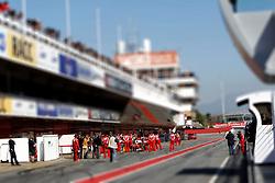 Motorsports / Formula 1: World Championship 2011, Testing in Barcelona, test, 06 Felipe Massa (BRA, Scuderia Ferrari Marlboro),  pit lane, boxengasse