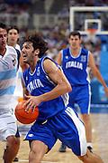 ATENE, 28 AGOSTO 2004<br /> OLIMPIADI ATENE 2004<br /> BASKET FINALE<br /> ITALIA - ARGENTINA<br /> NELLA FOTO: GIANLUCA BASILE<br /> FOTO CIAMILLO