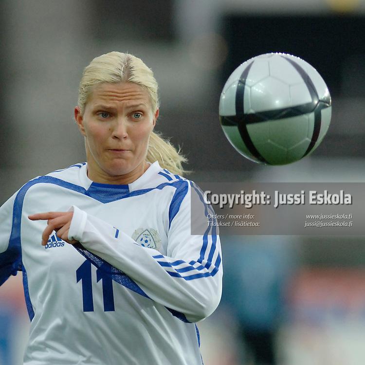 Heidi Kackur. Suomi-Espanja 30.10.2005.&amp;#xA;Photo: Jussi Eskola<br />