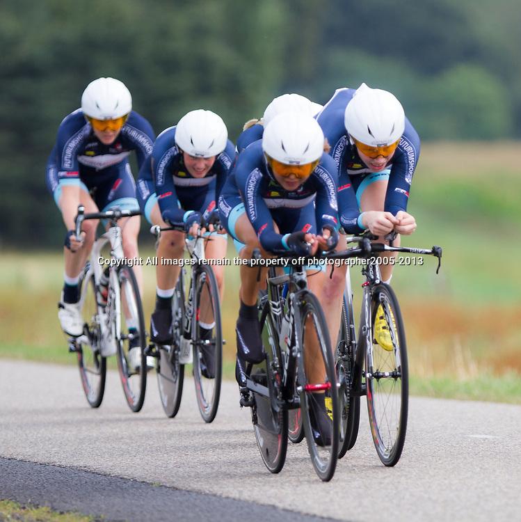 Boels Rental Ladies Tour CoevordenTTT 11th Team Futurumshop Karen Elzing, Sarah Roy, Anouska Koster, Mieke Kroger, Janine van der Meer, Mascha Pijnenborg