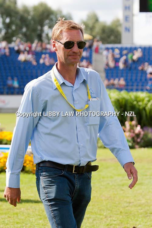 NZL-Erik Duvander (COURSE WALK) 2012 GER-CHIO Aachen Weltfest des Pferdesports (Friday) - DHL Preis CICO*** Eventing Showjumping:
